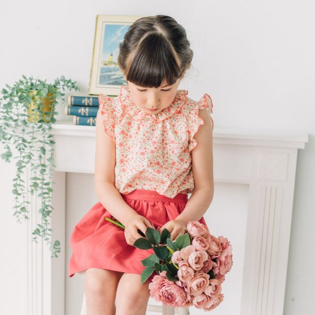 <img class='new_mark_img1' src='https://img.shop-pro.jp/img/new/icons14.gif' style='border:none;display:inline;margin:0px;padding:0px;width:auto;' />Amaia Kids - Trinite blouse (Poppy)
