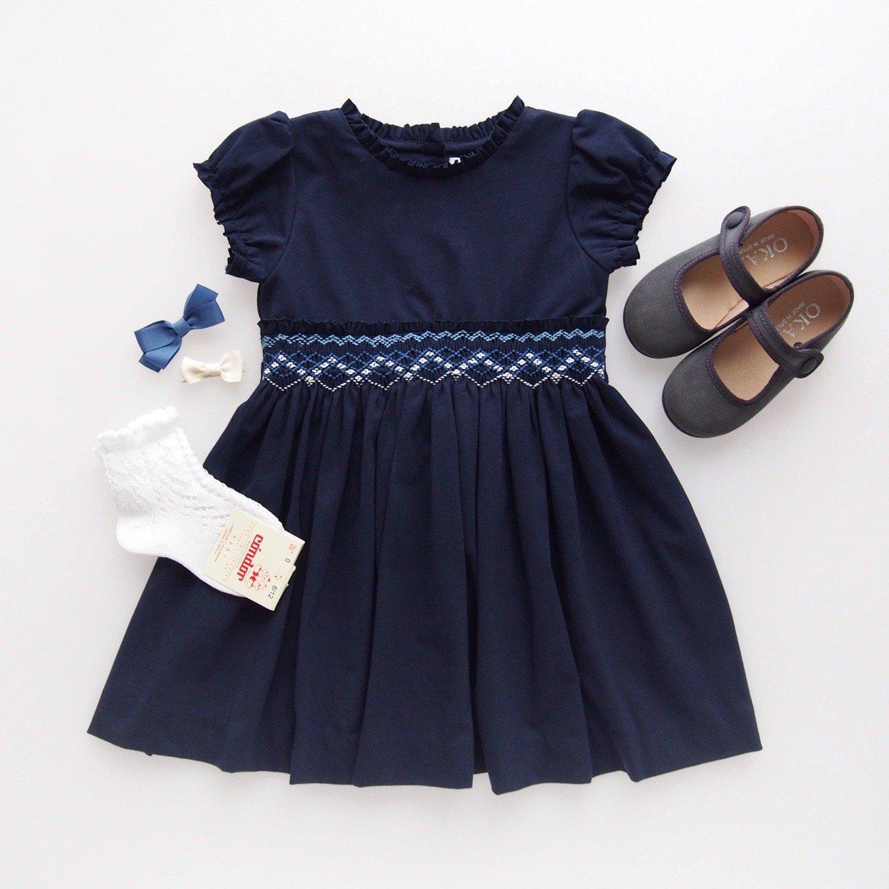 <img class='new_mark_img1' src='https://img.shop-pro.jp/img/new/icons14.gif' style='border:none;display:inline;margin:0px;padding:0px;width:auto;' />Malvi&Co. - Jersey smocked dress (Navy)