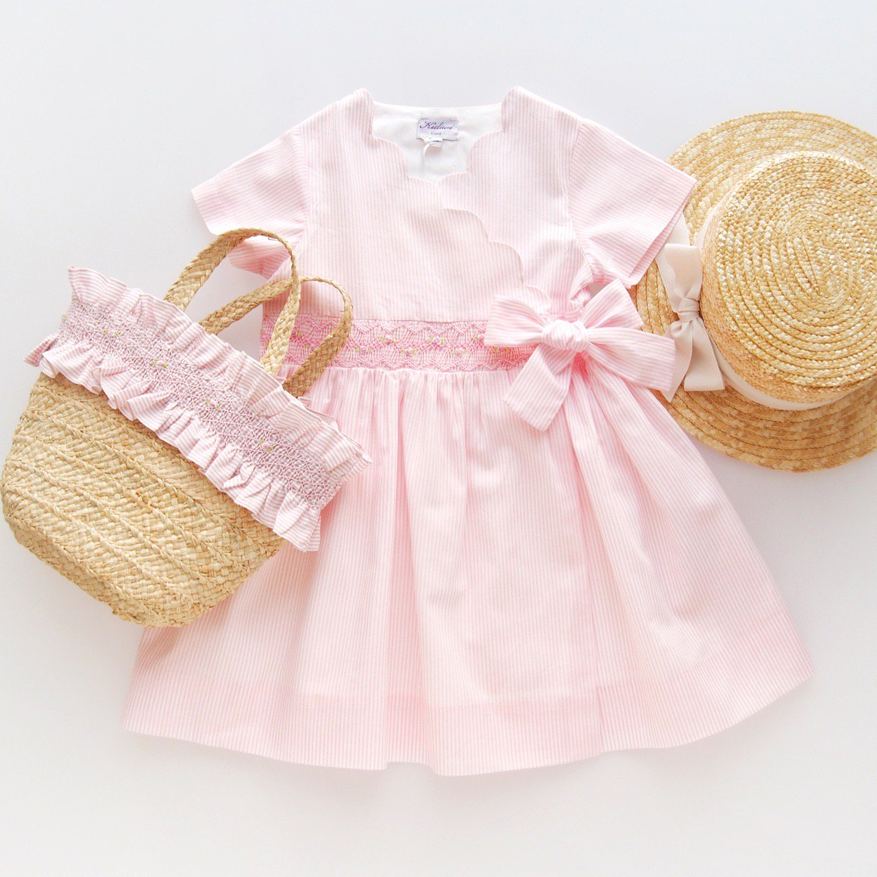 <img class='new_mark_img1' src='https://img.shop-pro.jp/img/new/icons14.gif' style='border:none;display:inline;margin:0px;padding:0px;width:auto;' />Kidiwi - SALLY dress (Pink pinstripes)