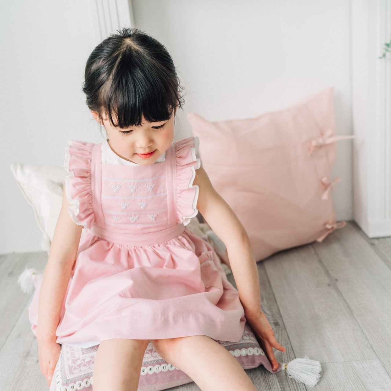 <img class='new_mark_img1' src='https://img.shop-pro.jp/img/new/icons14.gif' style='border:none;display:inline;margin:0px;padding:0px;width:auto;' />Kidiwi - ALIENOR dress (Pink dungaree)