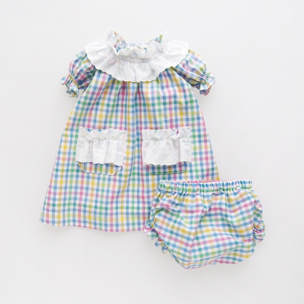 <img class='new_mark_img1' src='https://img.shop-pro.jp/img/new/icons14.gif' style='border:none;display:inline;margin:0px;padding:0px;width:auto;' />Pi & Pa - Multi gingham baby girl set