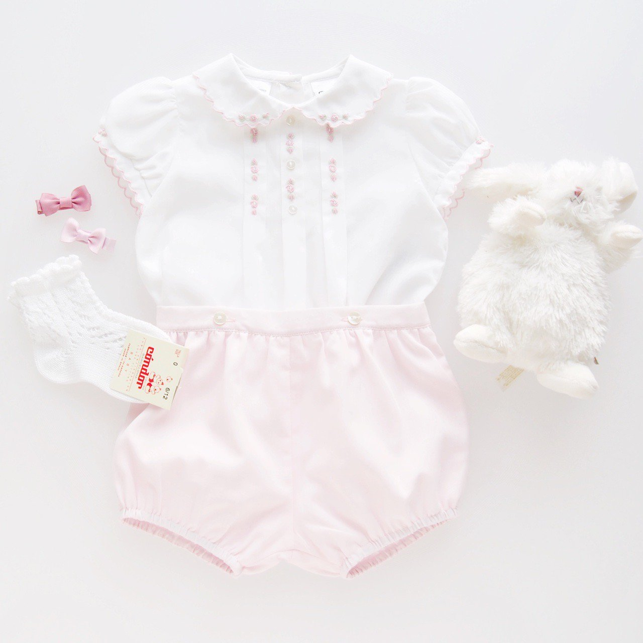 <img class='new_mark_img1' src='https://img.shop-pro.jp/img/new/icons1.gif' style='border:none;display:inline;margin:0px;padding:0px;width:auto;' />Sarah Louise - Embroidery blouse and Bloomer set (Pink)
