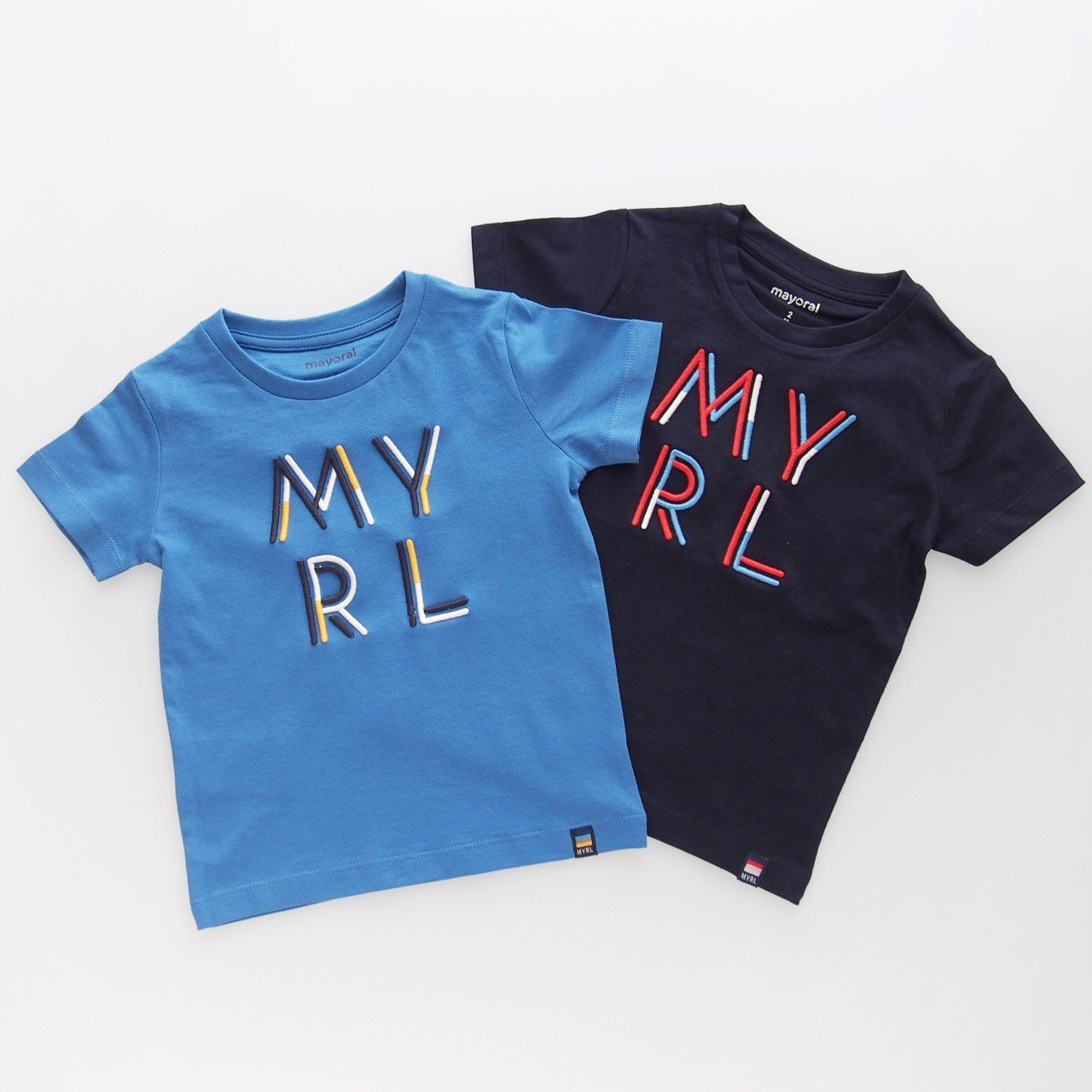 <img class='new_mark_img1' src='https://img.shop-pro.jp/img/new/icons1.gif' style='border:none;display:inline;margin:0px;padding:0px;width:auto;' />Mayoral - Emboss T-shirt (Navy/ Blue)