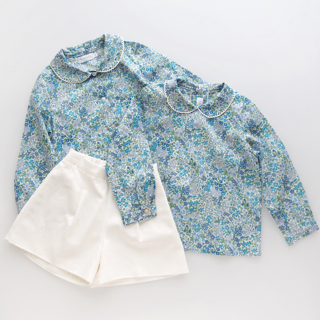 <img class='new_mark_img1' src='https://img.shop-pro.jp/img/new/icons1.gif' style='border:none;display:inline;margin:0px;padding:0px;width:auto;' />Amaia Kids - Coline  blouse (Liberty blue)