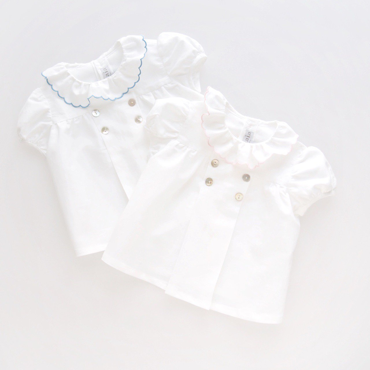 <img class='new_mark_img1' src='https://img.shop-pro.jp/img/new/icons1.gif' style='border:none;display:inline;margin:0px;padding:0px;width:auto;' />Amaia Kids - Eden blouse (Pink/ Blue)
