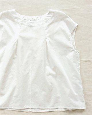 【nume】コットン うしろギャザーフレンチシャツ