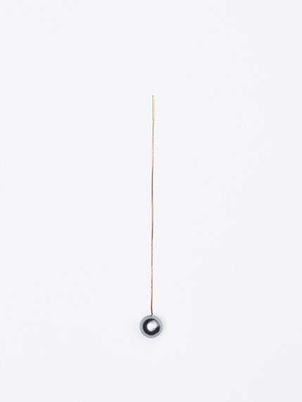 SOPHISTICATED VINTAGE/ Gold line pearl earrings ( South sea pearl )片耳