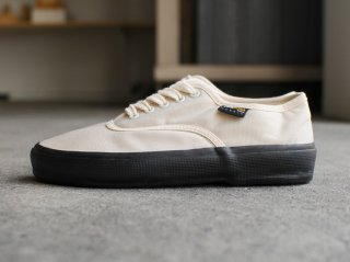 <REPRODUCTION OF FOUND/リプロダクションオブファウンド>US NAVY MILITARY TRAINER(Natural/Black Sole)
