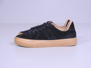 <REPRODUCTION OF FOUND/リプロダクションオブファウンド>GERMAN MILITARY TRAINER 4700S(Black Suede)