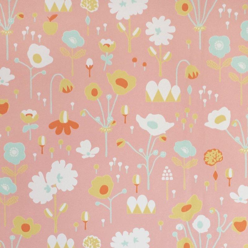 Bloom / 121-02 / Treasures For Every Little Nook / Majvillan