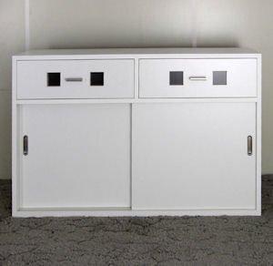 オーダー家具制作事例0334:引き戸キャビネット(引出し付)