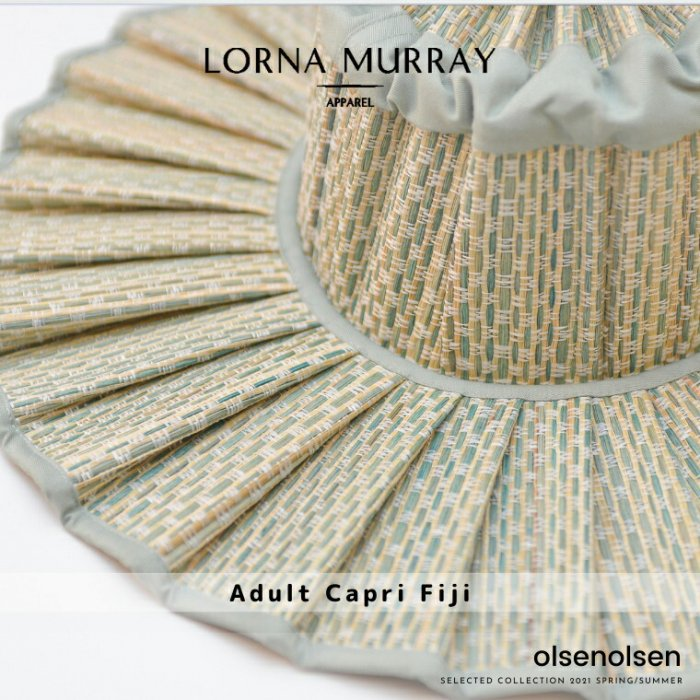 Adult Capri Fiji/LORNA MURRAY