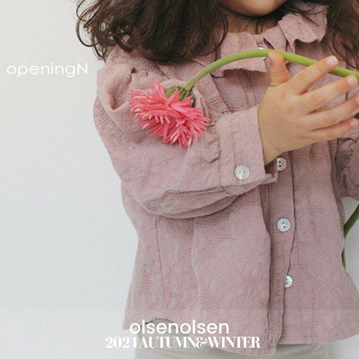 berry shirring blouse