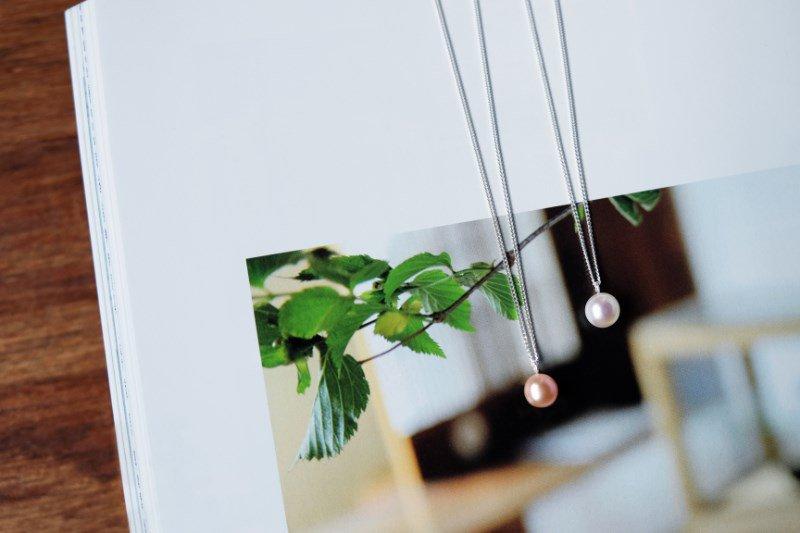 ka na de(necklace)