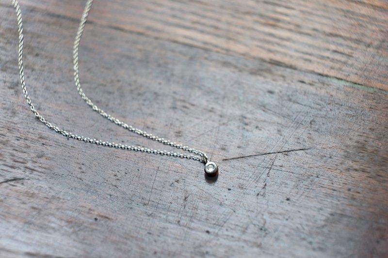 トゥレジ(necklace)