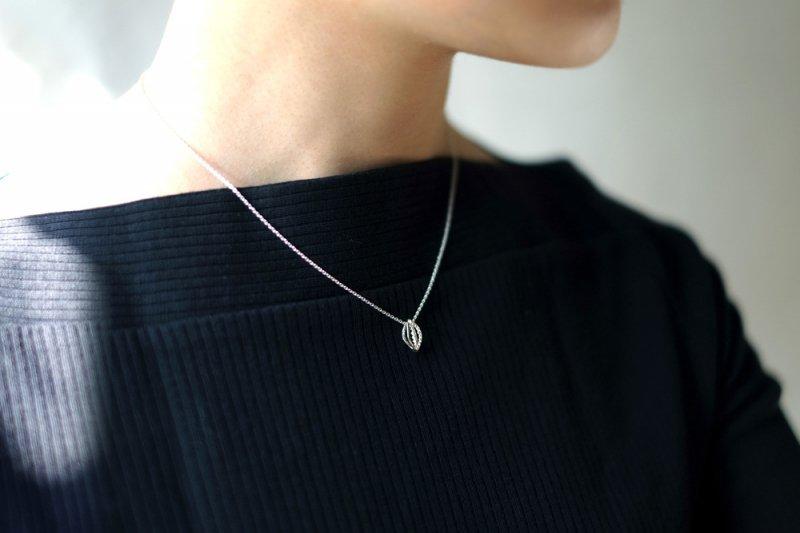 ローリエ(necklace)