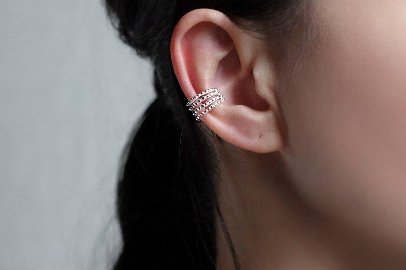 Ta-ki S(ear cuff)