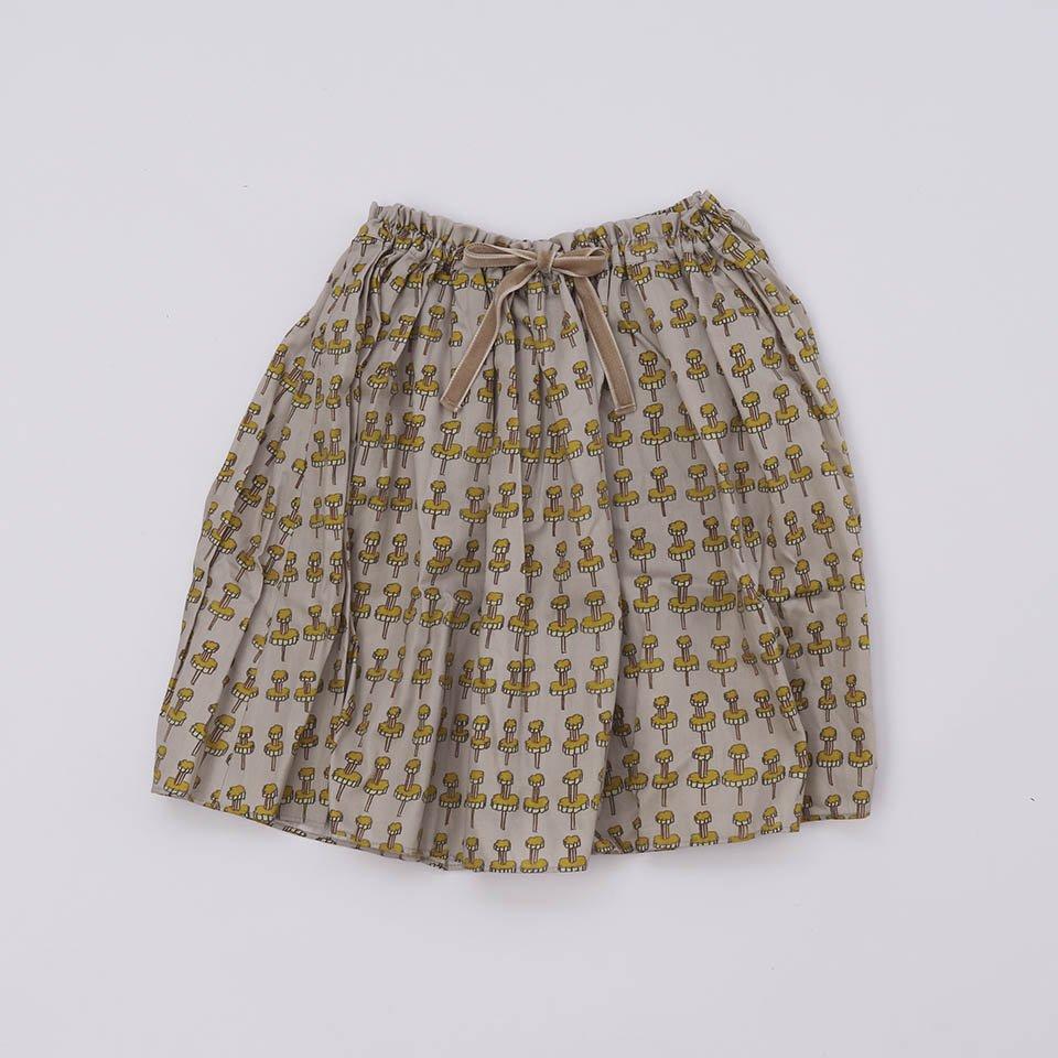 KIDSギャザースカート  絵の具のキャップ