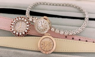 Woman's Diamonds Watches