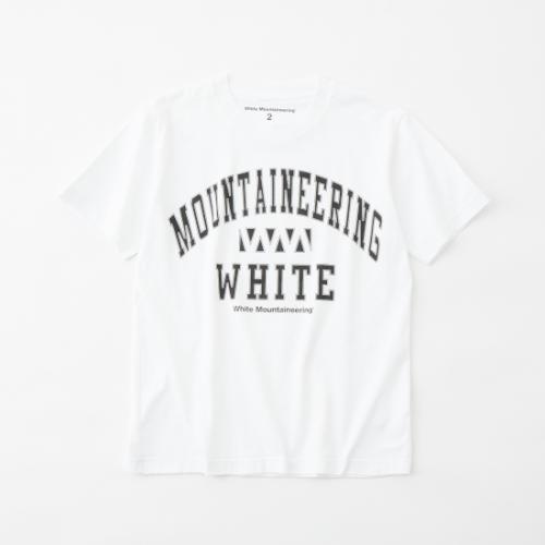 white mountaineering 【ホワイトマウンテンニアリング】 COLLEGE WM LOGO PRINTED T-SHIRT- WHITE(WM2171533)