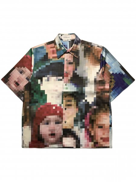 Short Sleeves Shirt With Pixel Face Graphic