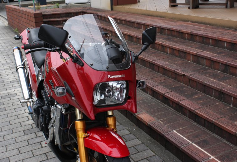 Kawasaki GPZ900Rクリアスクリーン