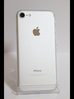 iPhone7 128GB シルバー SIMフリー バッテリー82% 中古美品Aランク