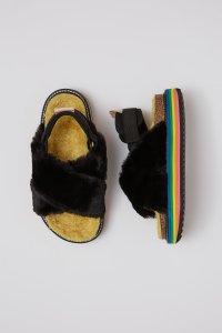MAISON MANGOSTAN STRAWBERRY Black eco-fur platform sandals