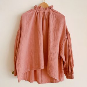 <img class='new_mark_img1' src='https://img.shop-pro.jp/img/new/icons23.gif' style='border:none;display:inline;margin:0px;padding:0px;width:auto;' />The New Society Olivia Blouse DUSTY LILAC/30%OFF!!