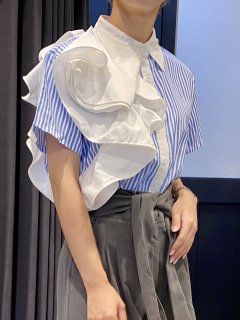 【即納】肩フリルストライプ半袖シャツ