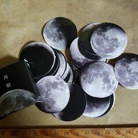 月ステッカー
