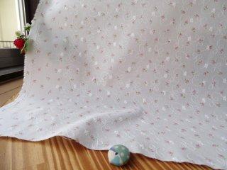 柔らか刺繍コットン つぼみ小花・ピンク