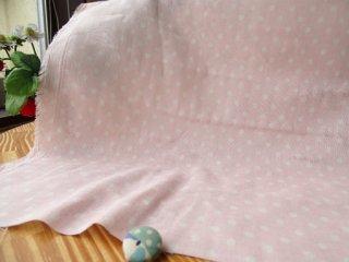 やんわり杢5ミリドット柔らかダブルガーゼ・ピンク