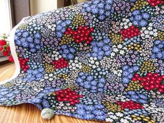 カラフルな小花パッチのコットンオックス・ブラック×ブルー