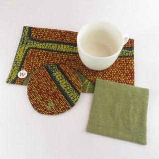 アフリカ布のコースターとおやつマット