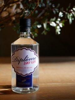 ベボ・ドリンクス / ディプロム・ドライ・ジン(BeBo Drinks / Diplôme Dry Gin)