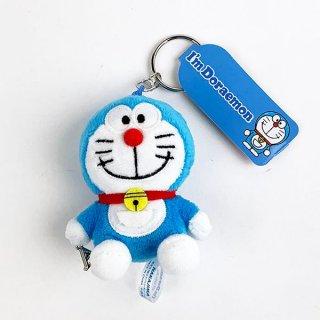 <img class='new_mark_img1' src='https://img.shop-pro.jp/img/new/icons15.gif' style='border:none;display:inline;margin:0px;padding:0px;width:auto;' />ドラえもん I'm Doraemon イニシャルMC A キーホルダー アクセサリー ストラップ イニシャル マスコット ブルー グッズ