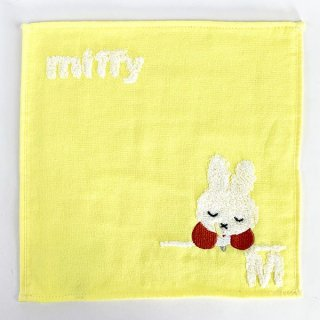 <img class='new_mark_img1' src='https://img.shop-pro.jp/img/new/icons15.gif' style='border:none;display:inline;margin:0px;padding:0px;width:auto;' />ミッフィー miffy イニシャルタオル M タオル ハンカチ イエロー グッズ