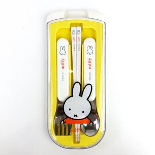 <img class='new_mark_img1' src='https://img.shop-pro.jp/img/new/icons15.gif' style='border:none;display:inline;margin:0px;padding:0px;width:auto;' />ミッフィー miffy トリオセット ベビー  イエロー  日本製