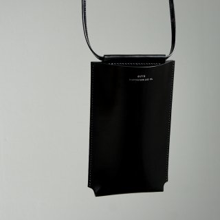 <img class='new_mark_img1' src='https://img.shop-pro.jp/img/new/icons8.gif' style='border:none;display:inline;margin:0px;padding:0px;width:auto;' />【Scye】Patent Leather Pochette
