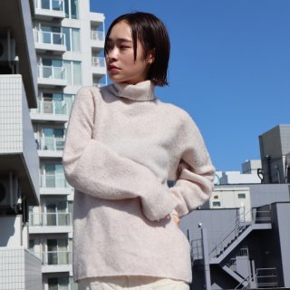 <img class='new_mark_img1' src='https://img.shop-pro.jp/img/new/icons20.gif' style='border:none;display:inline;margin:0px;padding:0px;width:auto;' />【VillD】Yak Turtle Knit