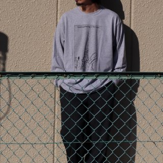 <img class='new_mark_img1' src='https://img.shop-pro.jp/img/new/icons8.gif' style='border:none;display:inline;margin:0px;padding:0px;width:auto;' />【HUUKU ×SUGI】Limited Long Sleeve Tee
