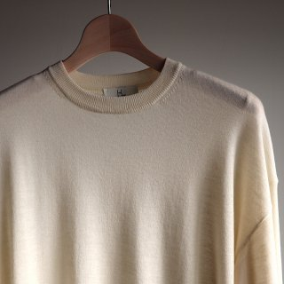 <img class='new_mark_img1' src='https://img.shop-pro.jp/img/new/icons8.gif' style='border:none;display:inline;margin:0px;padding:0px;width:auto;' />【HERILL】Cashmere High gauge Crewneck