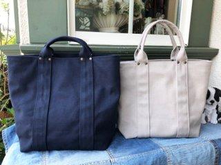 倉敷帆布を使ったトートバッグ。