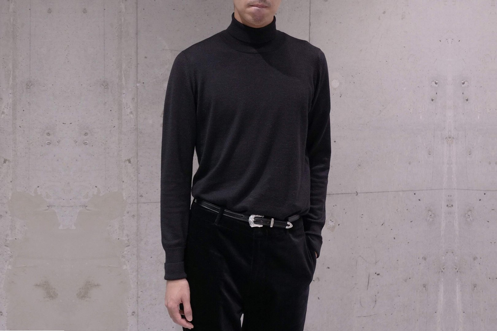 The Inoue Brothers / Turtle Neck Pullover