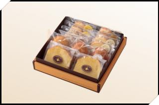 焼き菓子 詰め合わせ(1箱:パウンド2個 マドレーヌ3個 クッキー8枚)