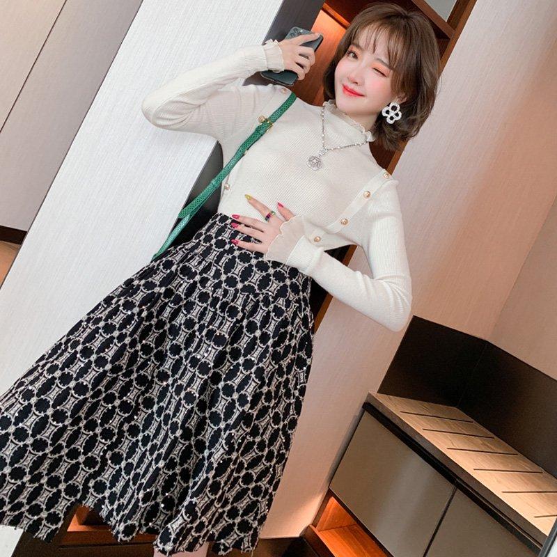 フロントボタンリブニット×刺繍イレヘムフレアスカート【上下別売り可】