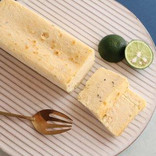 【終売】【8月限定・冷凍配送】すだちのクリームチーズケーキ