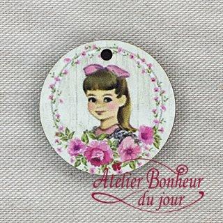 フランス製 木製ボタン ピンクの小さな女の子