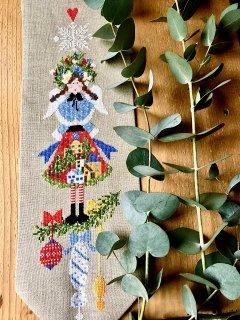 Lilli Violet リリーバイオレット Angelo del villaggio 村の天使